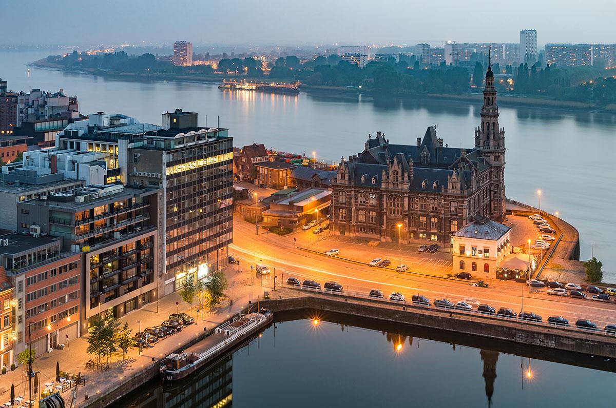 Area - Antwerpen - Staark